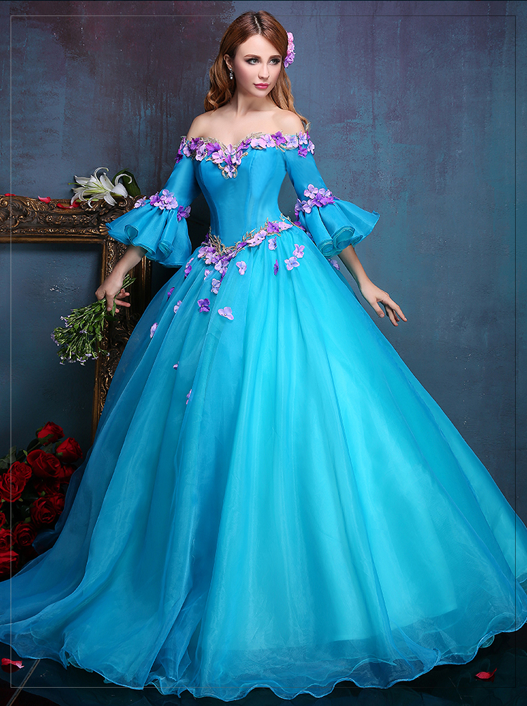 100% real luxury blue flower embroidery flare sleeve long medieval dress  Renaissance gown queen Victorian ccfd86988fd1