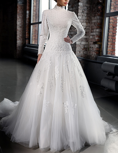 2016 Designer Lace Corset Wedding Dress Long Sleeves Muslim Formal Party Ball Arab Dubai
