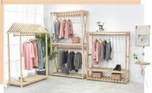 Clothing store retro womens clothes hangers, high-end shelves, solid wood landing display
