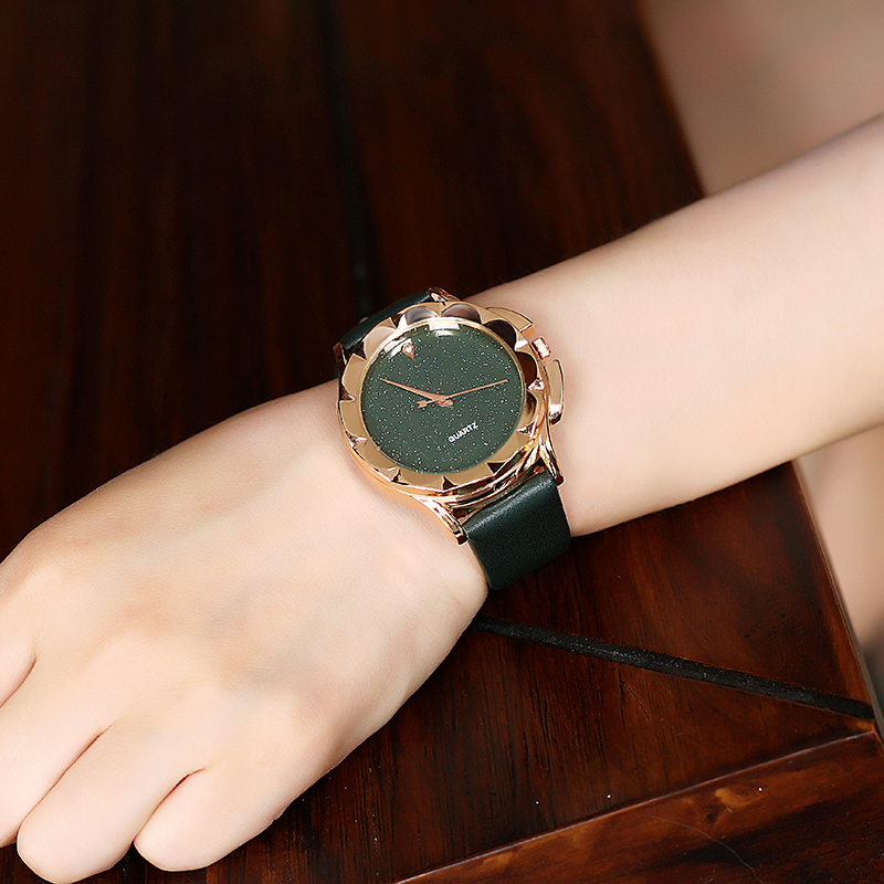 BGG Brand New 2018 Fashion Quartz Watch Klockor Klockor Ladies - Damklockor