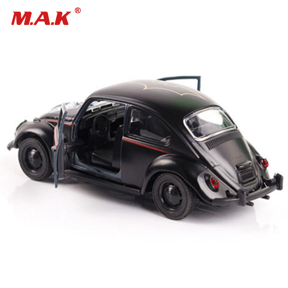 With Box 1/32 Scale Batman Diecast Car Model Black Beetle Classic Vehicles Car Toy For Collection Hobbies Model Toy Kids Gift