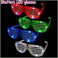 1 unids juguetes de la novedad nueva persianas flash moda LED brillantes juguetes decorativos para decoración de halloween
