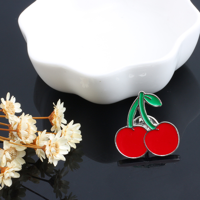Brooches For Women Princess Lipstick Lip Love Heart Cherry Enamel Pin Buttons Mini Badges Cute Jewelry Bag Clothing Accessories