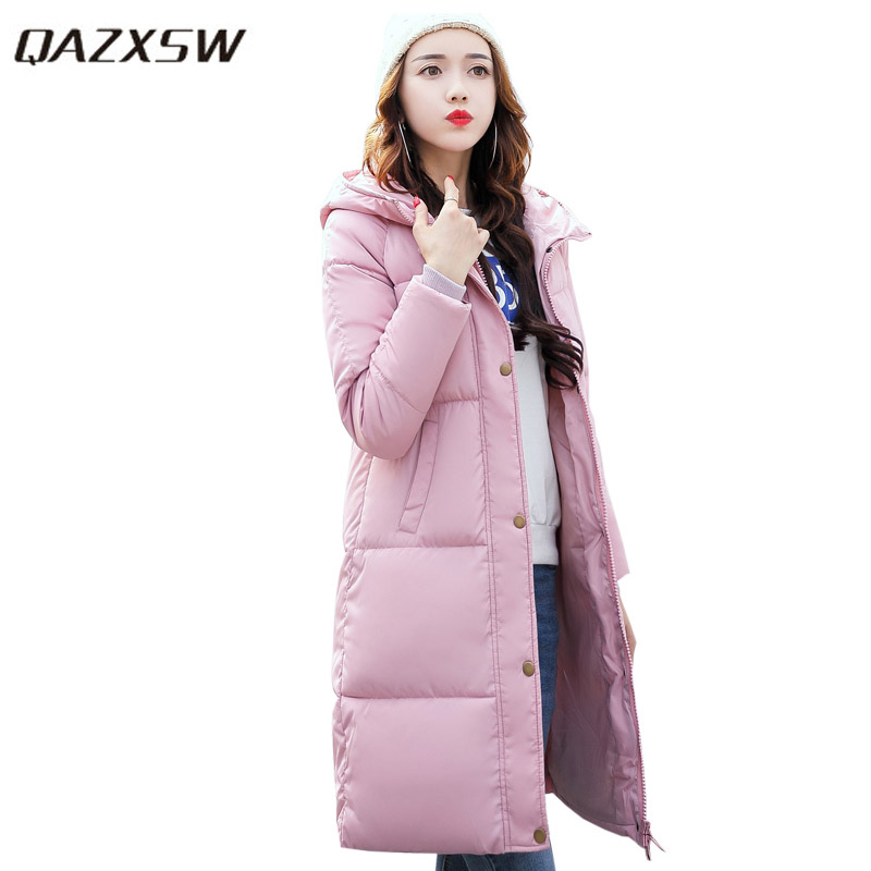 QAZXSW New Winter Jacket Women Mid-Long Warm Hooded Fur Pocket Cotton Padded Parkas Sweat Girls Cold Outwear Jacket M-3XL HB056 qazxsw 2017 new winter cotton coat women slim hooded jacket two sides wear long parkas fur collar winter padded abrigos hb339