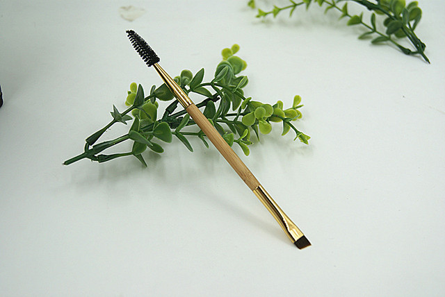 Brand Bamboo Double Angled Eyebrow Brush+ Eyelash Comb Eye Detail Makeup Brushes Eyelash EyeBrow Beauty Tool 2