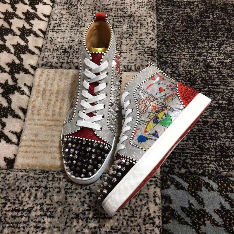High Top shoes For Male White with Graffiti sequins glitter Blingbling  diamond Luxury Brand Sneakers Leather 2018 Newest Man. QQ20180604222645. 01  02 03 ... 50050bae330a