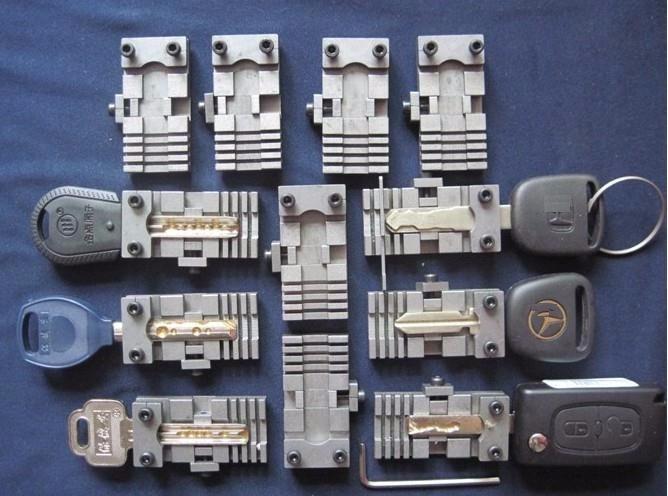 Universele Sleutel Machine Armatuur Klem Onderdelen Slotenmaker Gereedschap Voor Sleutel Kopiëren Dubbele Cutter Machine Voor Speciale Auto Of Huissleutels