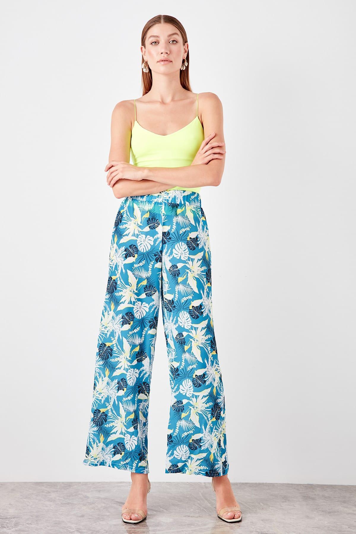 Trendyol Multicolour Pattern Pants TWOSS19PL0131