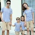2016 Лето семья хлопка с коротким рукавом Футболки и брюки набор семья полосатой посмотрите мать отец ребенка соответствия одежды