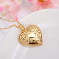 Bangrui Photo Frame Locket Pendant Necklace Gold Plated Romantic Love Heart Vintage Flower Jewelry Women Valentine