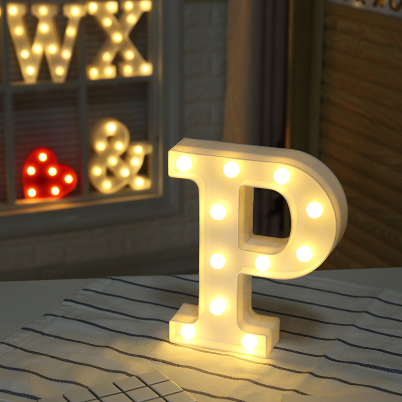 Warm Light Letters DIY LED Holiday Lighting Alphabets A-Z Heart Symbol Plastic LED Lights Bedroom Wedding Party Festival Decor
