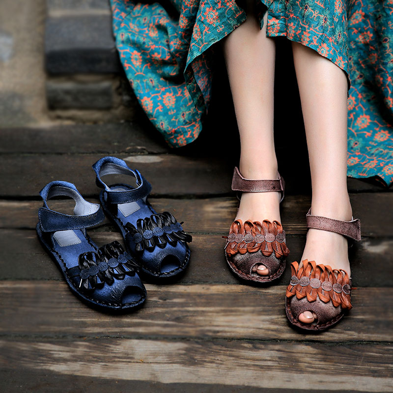 Handmade Women Leather Sandals Blue Low Heels Summer Shoes Soft Bottom Genuine Leather Flower Sandals For Women Retro Shoes 2018 xiuteng handmade women leather sandals for summer comfortable soft bottom flowers shoes high quality genuine leather casual shoe