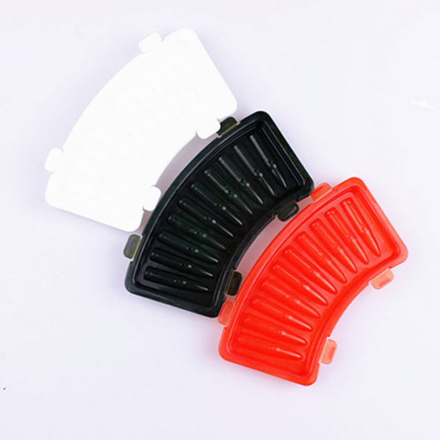 Unique kitchens Plastic Frozen Ice Mold Cube 3D AK 47 Bullets Shape