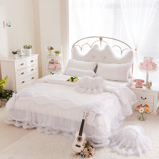 luxury snow white bedding sets queen king 4pcs lace ruffle bedspread princess comforter duvet. Black Bedroom Furniture Sets. Home Design Ideas