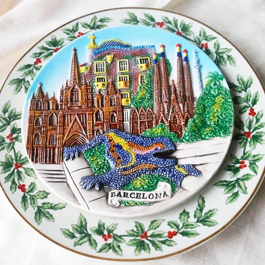 Barcelona Gaudi Spanish Tourist Souvenir Creative Pendulum Hanging Plate Decoration Plate Home Gift Travel Memorial Plate