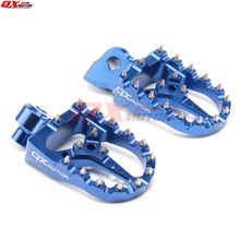 купить CNC Billet MX Foot Pegs Rests Pedals Footpegs For yz 125 250 yz125 yz85 yz450f wr450f wr250f dirt bike дешево