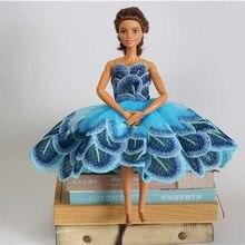a119c389d Acessórios Da Boneca Boneca High-end Mão Pura Bordado Vestido de Festa  Vestido de Noite para a Boneca Boneca Princesa Roupa da R..
