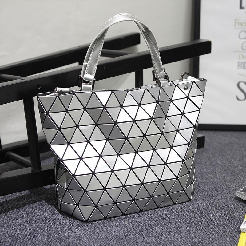 все цены на Japanese Bao Bag Folding Fashion Shoulder Handbags Fashion Casual Women Tote Top Handle Bags Geometry BATEAU MATTE bag