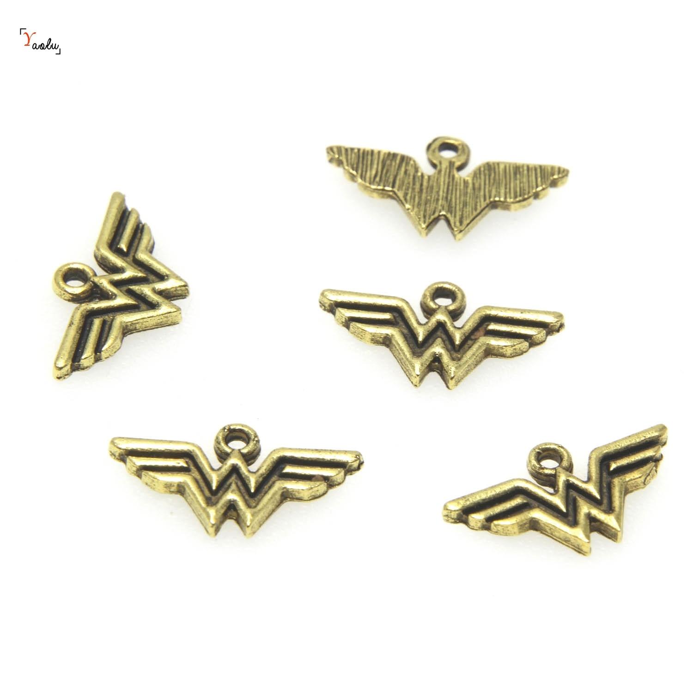 25 pçs/lote Encantos Antiqued gold Tone Ouro Charme da Mulher Maravilha Super Hero Charme pingentes 21x12mm