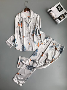 Image 3 - Lisacmvpnel Lente Afdrukken Patroon Vrouwen Pyjama Mooie Rayon Nachtkleding Lange Mouw Broek Twee Papier Pak