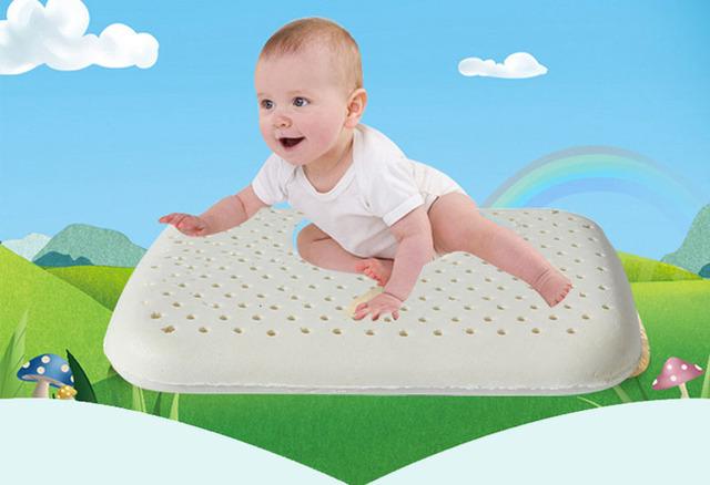 Enfermagem Bebê recém-nascido Travesseiro de Látex Natural Pescoço para Proteger Crianças Infantil Moldar Travesseiros de Memória Acessórios de Cama Recém-nascidos