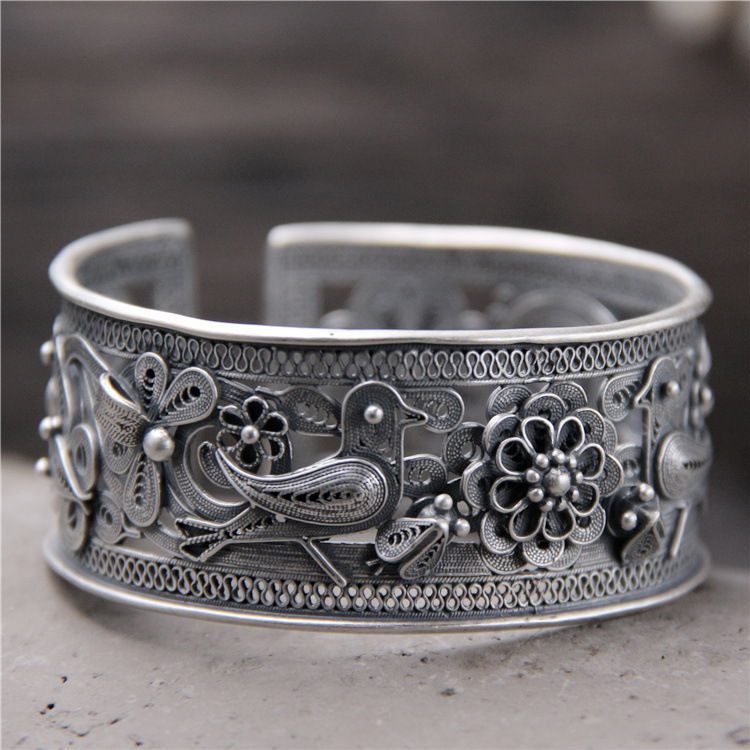 S925 Sterling Silver Hollow Wide Bracelet Retro Folk Style Silver Lady Opening Paragraph Animal Bracelet s999 fine silver lotus pisces play lady bracelet wholesale sterling silver folk style ways openings