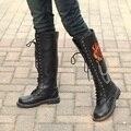 Diseñador de Moda de La Motocicleta Botas Para Hombre Negro 47 cm Largo Punk Rock Hombres Ocio Fuego Emboridered Cadenas Zapatos de Arranque Martin