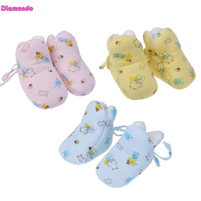 Baby Shoes Infant Boy Winter Warm Indoor Floor Non Slip Shoes Toddler Cartoon Print Cotton Crib Shoes Newborn Girl First Walkers