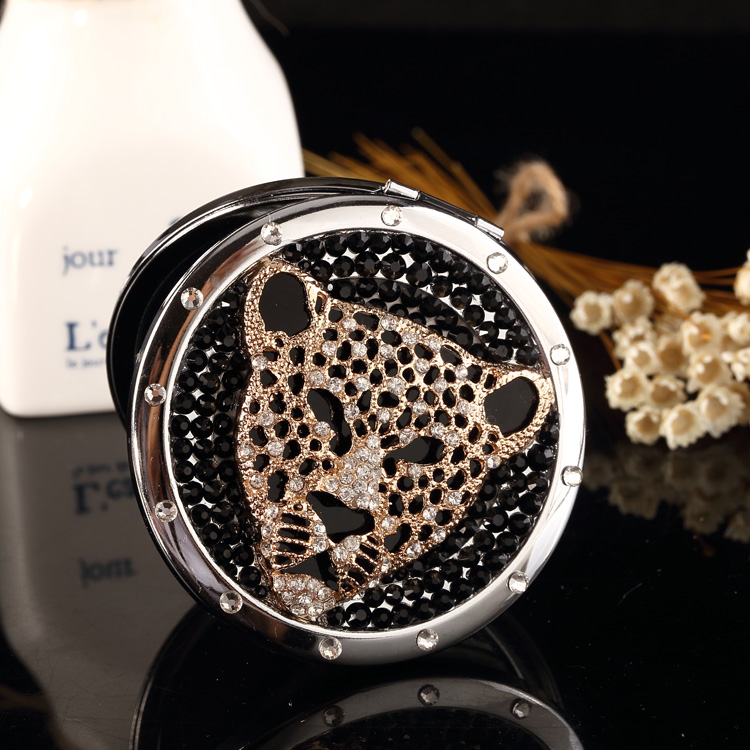 Engrave words free,bling rhinestone tiger leopard head,Mini Beauty pocket mirror,Bridesmaid Christmas gift,makeup compact mirror