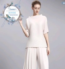 FREE SHIPPING Miyake fold collar sleeves a word pure color loose T-shirt IN STOCK