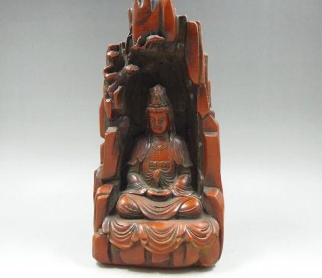 Travail artisanal chinois élaboré vieille résine rouge montagne kwan-yin Statue