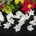 30pcs/lot 10mm Small 3d White PolymerClay Fimo Flower Beads For Diy Craft Bridal Dress Veil Headbands Jewelry Decora Accessories
