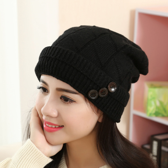2018 caps Korean headphone label knitted hat autumn fur label wool hat  fashionable men and women in winter couples hat trend 9305a6833