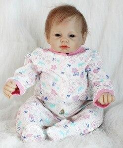 Image 5 - 뜨거운 판매 도매 소매 소녀 장난감 55cm 연약한 실리콘 Reborn 인형 놀라움 고품질 생일 선물 현실적인 비닐 Boneca