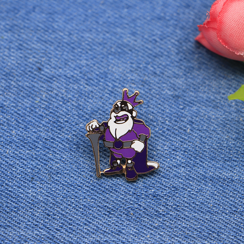 Sport Brooches King Enamel Pin for Girls Boys Lapel Pin Hat/bag Pins Denim Jacket Shirt  ...
