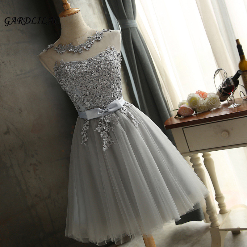 2018 New Silver Short   Bridesmaid     Dress   Tulle Lace Appliques Knee-Length Sleeveless Short Prom   Dress   Wedding Party Gown   Dresses