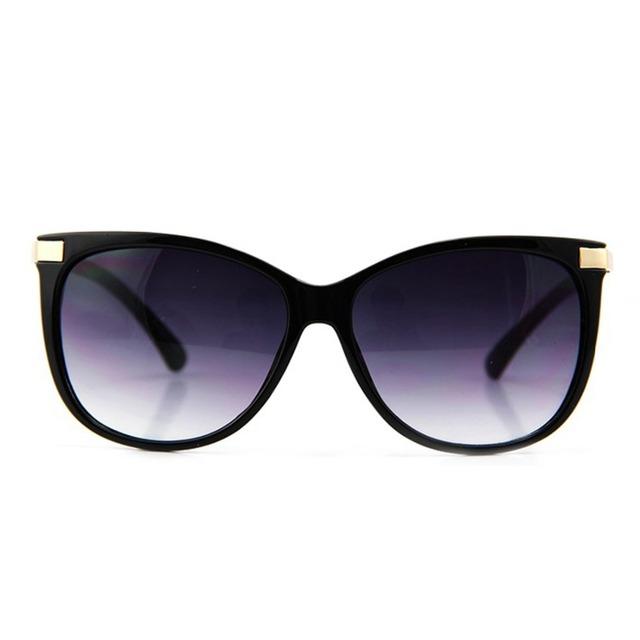 Classic Cat Eye Sunglasses for Women