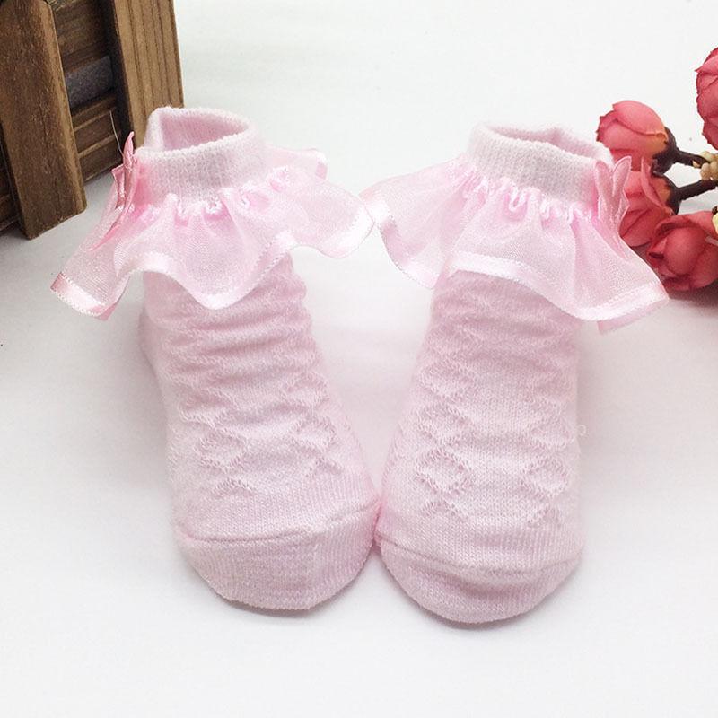 Einfach Mode Neue Rutschfeste Gekämmte Baumwolle Spitze Prinzessin Socken Mädchen Niedlich Mode Komfort Socken Für Neugeborene Kinder