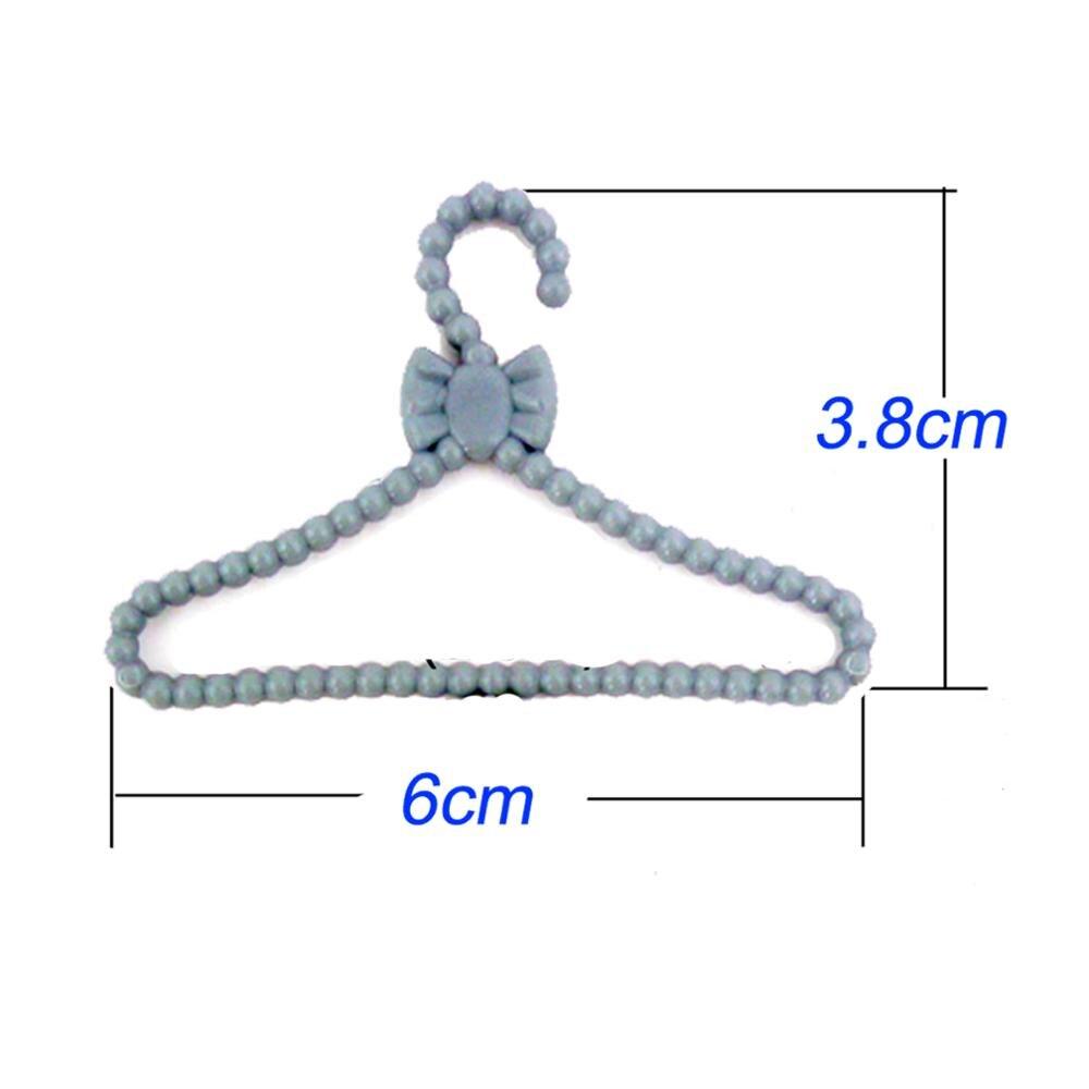 20 Pcs Lot Mini Gray Hangers Cute Dress Shirt Coat Pants Clothes Holder Plastic Accessories For Barbie Doll Dollhouse Toys