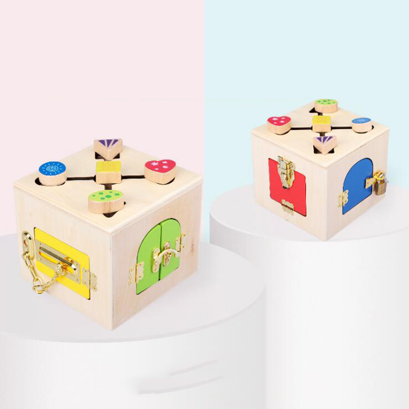 Wooden toys Montessori Educational Enlightenment teaching aid lock game Invigorating hand eye coordination toy lock for gifts