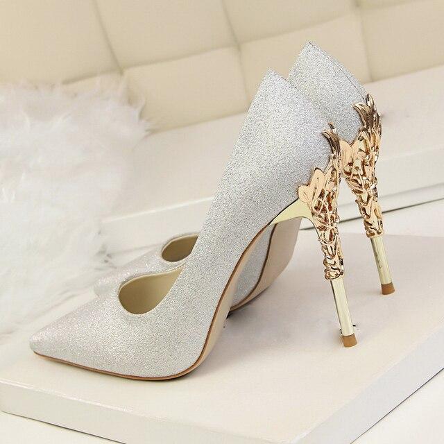 Orange синий белый серебряный розовый высокое качество женщины насосы высокий каблук металлические тонкие пятки шпильках свадебные роскошные атласные туфли
