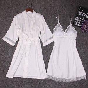 Image 5 - 가을 여성 잠옷 세트 2 조각 nightdress 목욕 가운 가슴 패드 여성 새틴 기모노 목욕 가운 잠옷 핑크 가운 정장
