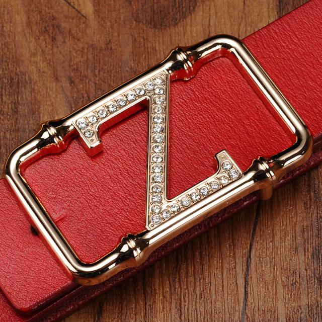 Venta caliente el 100% Genuino Cinturones de Cuero de Moda Hebilla Lisa Adultos Vaqueros femeninos Cinturón Ancho Cinturón Para Las Mujeres Diseñador de la Marca de Lujo rojo