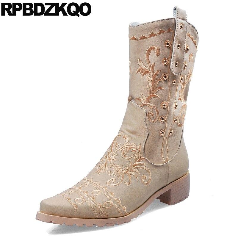 US $69.63 36% OFF Stickerei Cowgirl Schuhe Winter 2017 Komfortable Western Stiefel Cowboy Runde Kappe Bestickt Frauen Mittlere Waden Chunky Vintage