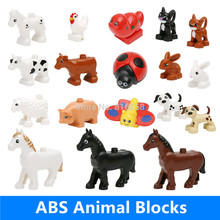 Retail Big Building Blocks Parts Pasture Animals Cow Dog Rabbit Cock Sheep Cat Pig Horse Butterfly Bettle Baby Educational Toys