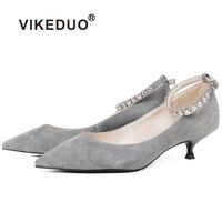 Vikeduo/замшевая женская обувь, коллекция 2018 года, летние серые туфли лодочки на низком каблуке, Брендовая обувь ручной работы с острым носком,