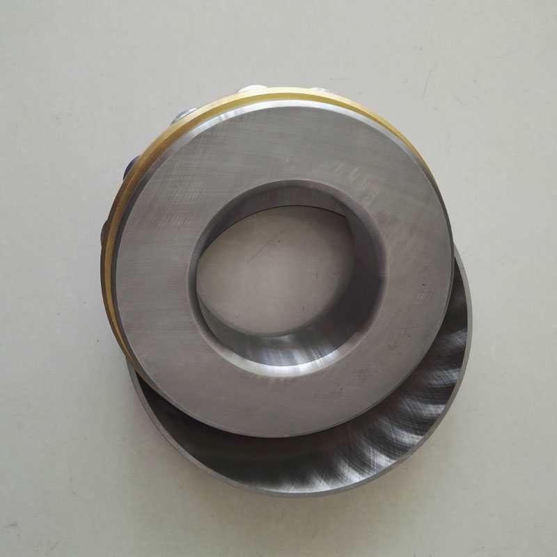1 Piece Thrust roller bearing 29234EM Pressure bearing 29234 9039234 size: 170X240X42MM na4910 heavy duty needle roller bearing entity needle bearing with inner ring 4524910 size 50 72 22