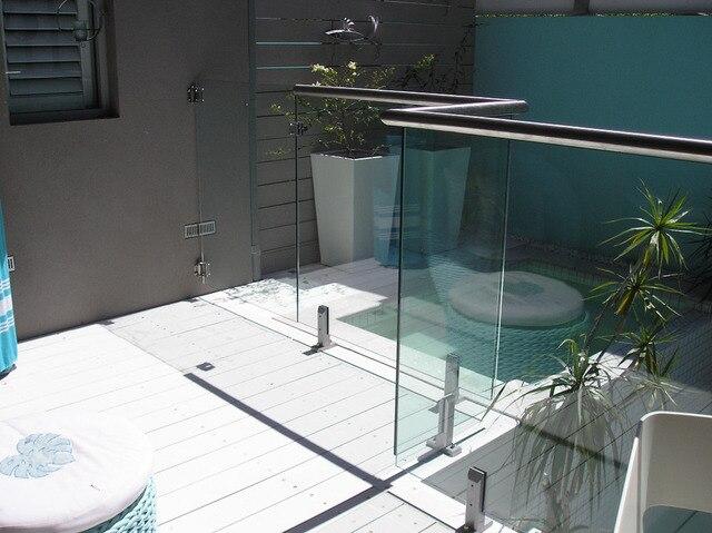 Zwembad Op Balkon : Frameloze glazen balustrade op grote schaal gebruikt voor zwembad