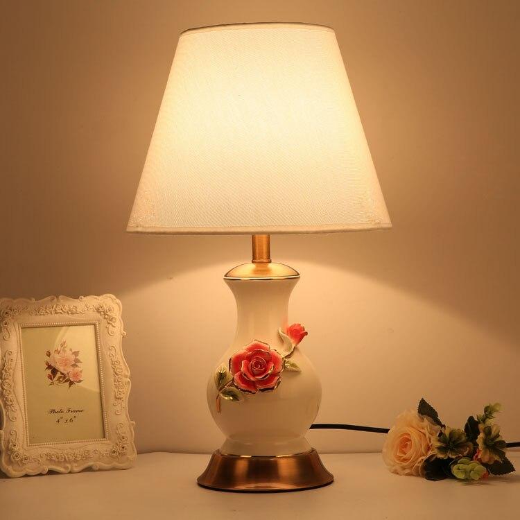 Творческий и современный Керамика Настольные лампы Ретро мода Спальня ночники лампа декоративная настольная лампа Спальня свет стол