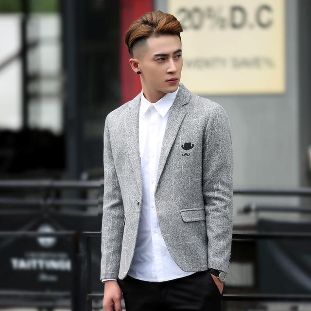 Otoño de Los Hombres Chaqueta Informal Nueva Lana Slim Fit Bordado Impresa Chaqueta de traje A Cuadros Chaqueta Erkek Ceket Plus tamaño 5XL Negro gris
